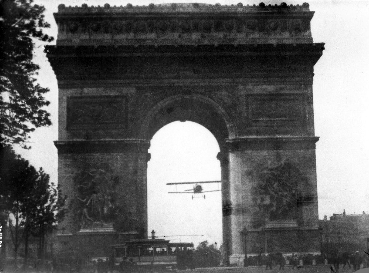 Under The Arc De Triomphe Historicwings Com A