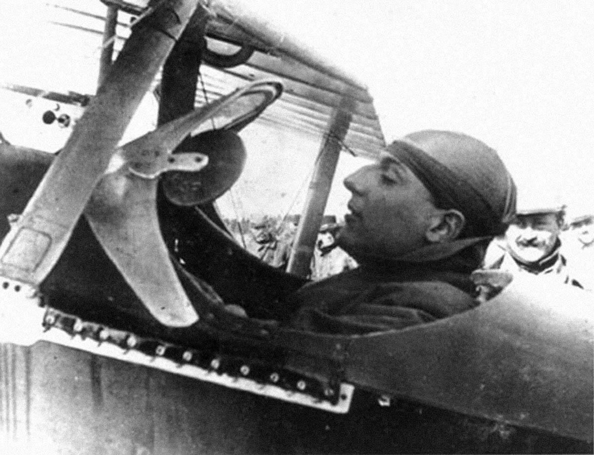 1/48 Morane Saulnier type N: Jean Navarre novembre 1915 HighFlight-Nieuport11-2