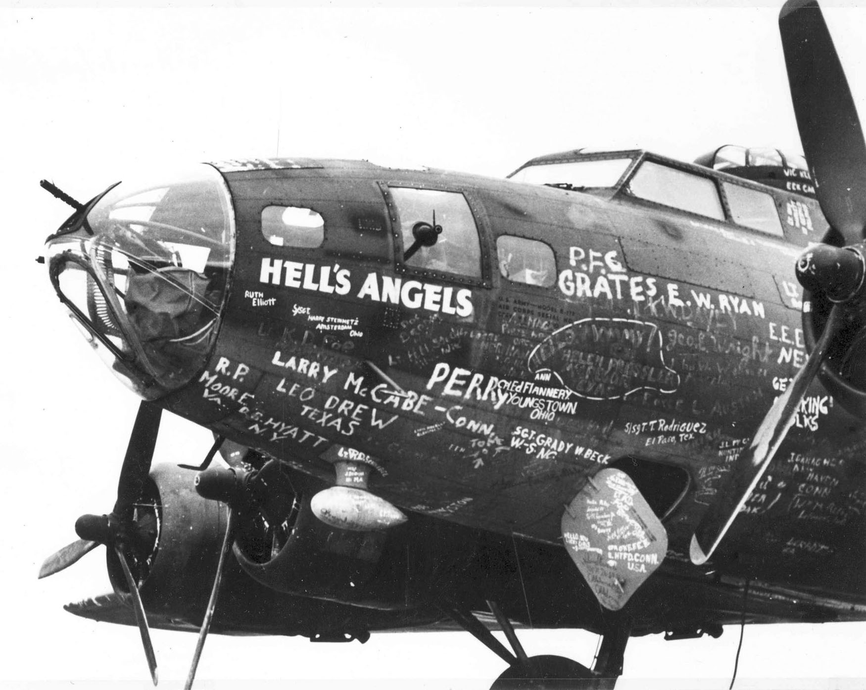 The Memphis Belle ‹ HistoricWings.com :: A Magazine For