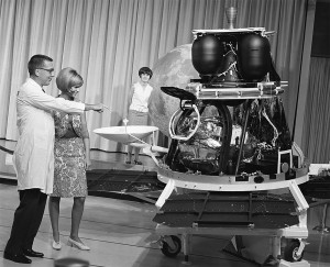 A Lunar Orbiter mock-up was presented at a press conference at the NASA's Jet Propulsion Laboratory on August 1, 1966, at the time of the launch.  Image Credit: NASA