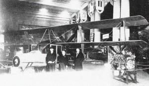 The Curtiss Autoplane at the hangar prior at the time of its flight testing.  Source:  P.Bowers - Curtiss Aircraft 1907-1947; Putnam.